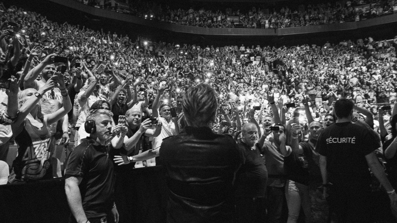 U2 iNNOCENCE + eXPERIENCE LIVE IN PARIS CONCERT SPECIAL