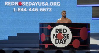 RED NOSE DAY USA 2015