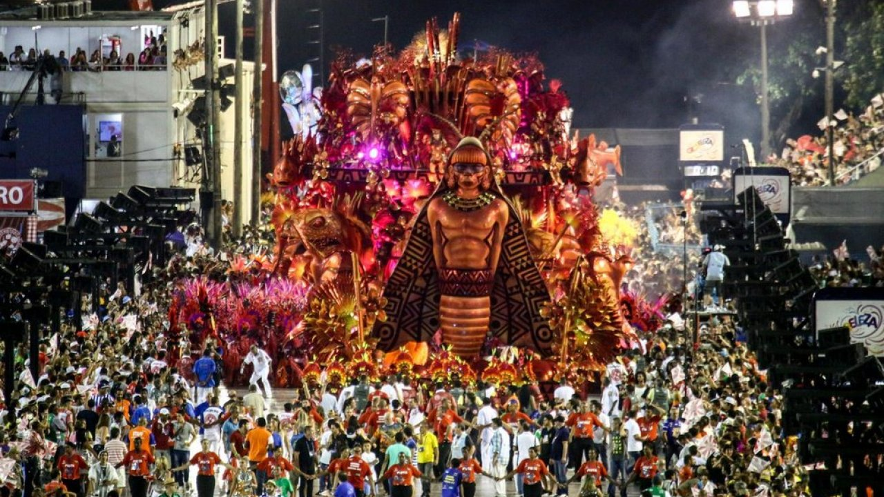 Count down to the 2016 Rio Carnival with Red Bull TV