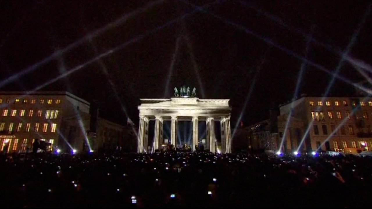 U2 Brandenburg Gate EMA